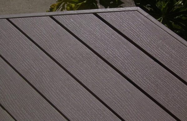 img-thinking-restoring-old-deck-clever-deck-01